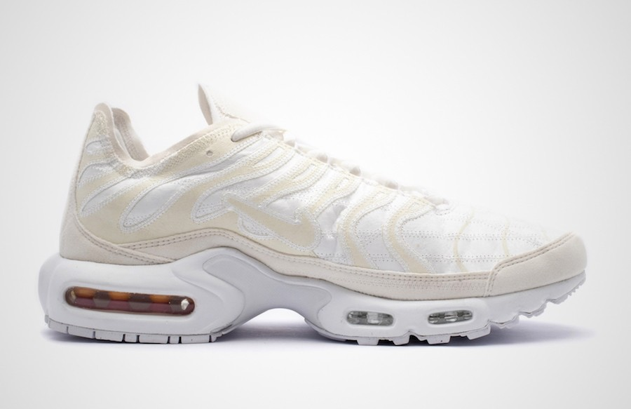 Nike Air Max Plus Deconstructed Beige CD0882-100