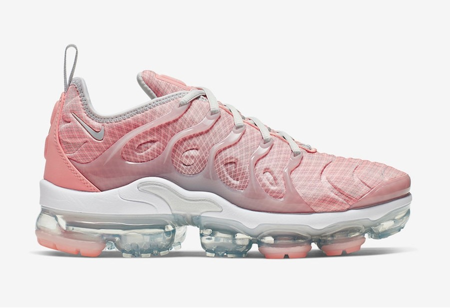 Nike Vapormax Plus Bleached Coral AO4550-603