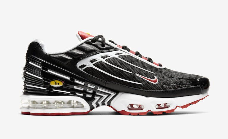Nike Air Max Plus 3 Negras Rojas CJ0601-001