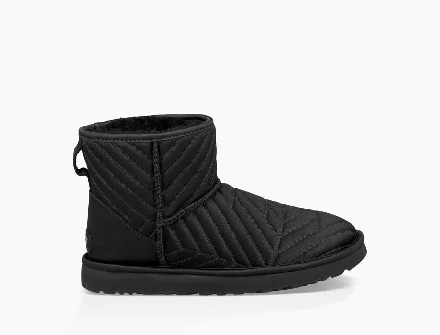 Mujer Classic Mini Quilted Satin Boot Negras 1098351